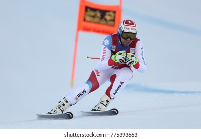 VAL GARDENA, ITALY - DECEMBER 14: Beat Feuz of Switzerland races down the Saslong course during the Audi FIS Alpine Ski World Cup Men's Downhill training on December 14 2017
