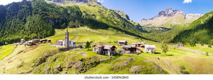 Val Grosina Orientale - Valtellina (IT) - Borgo di Eita 1700 mt. - Aerial view