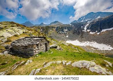 Val Tartano - Valtellina (IT) - Typical hut above Arale