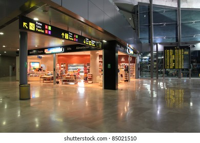 VALENCIA - OCTOBER 10: Valencia Airport interior on October 10, 2010 in Valencia, Spain. With 4.9m visitors in 2010 it was the 10th busiest airport in Spain and 73rd busiest airport in Europe.