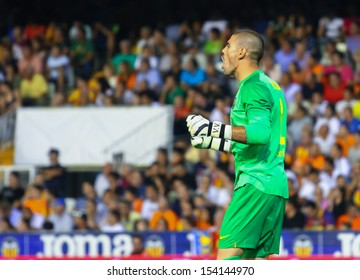 VALENCIA - SEP, 01: Victor Valdes of FC Barcelona in action during a Spanish League match between Valencia CF and FC Barcelona at the Mestalla Stadium on September 01, 2013 in Valencia, Spain