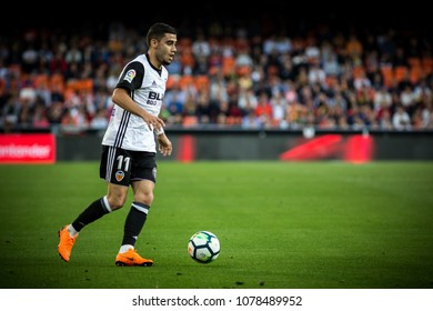 VALENCIA, SPAIN - APRIL 18: Andreas Pereira during Spanish La Liga match between Valencia CF and Getafe CF at Mestalla Stadium on April 18, 2018 in Valencia, Spain