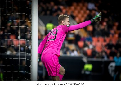 VALENCIA, SPAIN - FEBRUARY 21: Scott Bain during UEFA Europa League match between Valencia CF and Celtic FC at Mestalla Stadium on February 21, 2019 in Valencia, Spain
