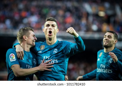 VALENCIA, SPAIN - JANUARY 27: (L) kroos and (C) Ronaldo during Spanish La Liga match between Valencia CF and Real Madrid at Mestalla Stadium on January 27, 2018 in Valencia, Spain