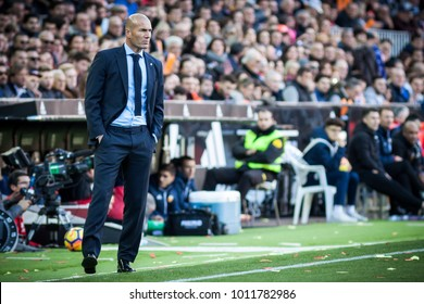 VALENCIA, SPAIN - JANUARY 27: Zinedine Zidane during Spanish La Liga match between Valencia CF and Real Madrid at Mestalla Stadium on January 27, 2018 in Valencia, Spain