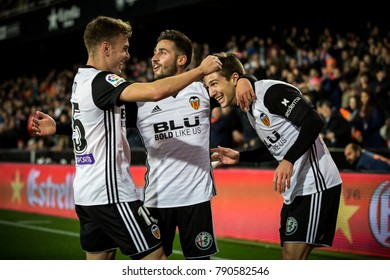 VALENCIA, SPAIN - JANUARY 9: Valencia players celebrate a goal during Spanish King Cup match between Valencia CF and Las Palmas at Mestalla Stadium on january 9, 2018 in Valencia, Spain