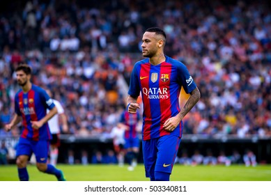 VALENCIA, SPAIN - OCT 22: Neymar plays at the La Liga match between Valencia CF and FC Barcelona at Mestalla on October 22, 2016 in Valencia, Spain.