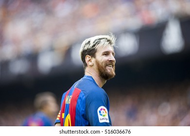 VALENCIA, SPAIN - OCTOBER 22: Messi during BBVA League match between Valencia C.F. and Barcelona at Mestalla Stadium on October 22, 2016 in Valencia, Spain