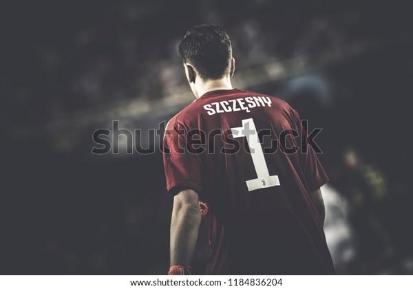 VALENCIA, SPAIN - SETEMBER 19: Wojciech Szczesny during UEFA Champions League match between Valencia CF and Juventus at Mestalla Stadium on September 19, 2018 in Valencia, Spain