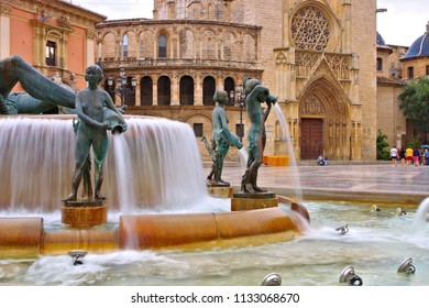Valencia, the Turia fountain and cathedral in Spain