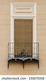 Valencia window