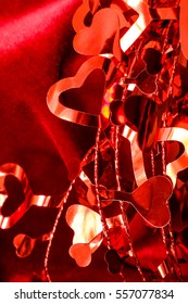 Valentine's Day: shiny garland of hearts