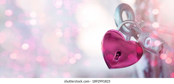 Valentines Day Wedding Love Birthday background banner panorama greeting card template - Pink heart love padlocks with bright heart bokeh lights