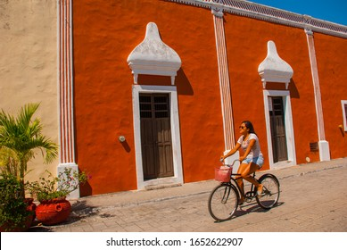 VALLADOLID, MEXICO, YUCATAN - MARCH 2018: Colorful buildings on Mexican street in the center of the old city of Valladolid in Mexico on the Yucatan Peninsula