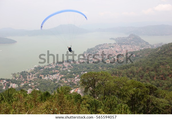 Valle de Bravo is a town and municipality located in State of Mexico, Mexico. Making it a popular weekend getaway for the capital's affluent upper class.