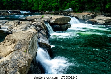 Valley Falls State Park, Tygart Valley River, West Virginia, USA