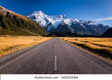 A valley road in the area of Mount Cook in New Zealand.