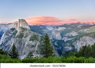 Valley of the Yosemite National Park, California, USA