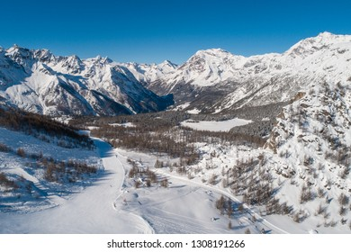 Valmalenco, ski station. Panoramic view