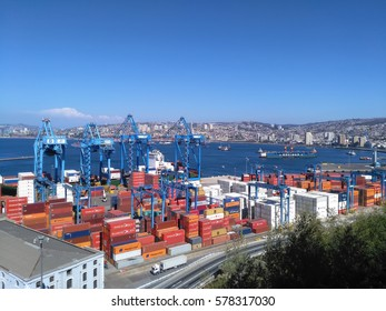 VALPARAISO, CHILE, 18 DECEMBER 2016: view to the city port and numerous containers