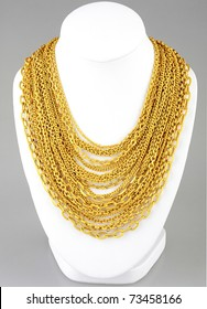 a lot of valuable gold necklace