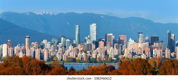 Vancouver, panoramic view with downtown, English Bay and Coast Mountains