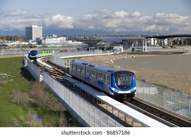 Vancouver SkyTrain - new Canada Line to Richmond