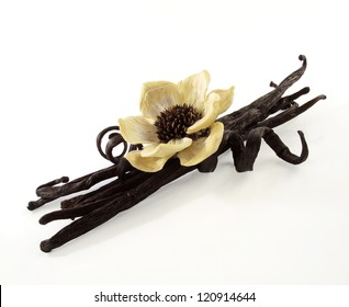 Vanilla beans with a hand-made flower fashioned from natural elements