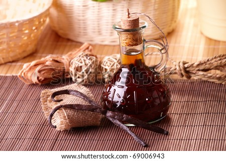 Vanilla extract with beans with nice decoration