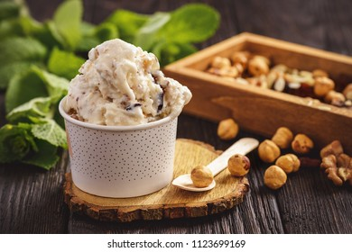 Vanilla ice-cream with nuts and dried fruits.