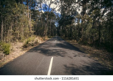 Vanishing Point Road, Megalong Valley, Blue Mountains, NSW, Australia