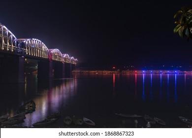 varanasi night photo. dev diwali festival pic. smooth river pic.