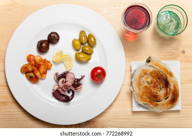 variation of greek bean starters on a plate