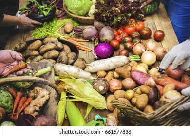 Variation of vegetable on wooden table