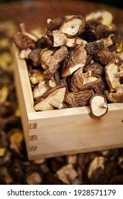 Various grain herbal medicinal herbs in the traditional market