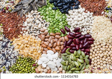 Various kinds of natural cereal grain food product consisted of rice, black eye peas, sunflower, pumpkin, soybean, small white, pinto, garbanzo, red and green bean seeds, for agricultural product