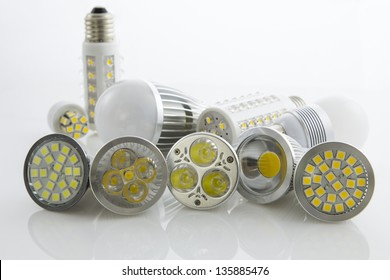 various LEDs bulb GU10 and E27 with different cooling SMD chips