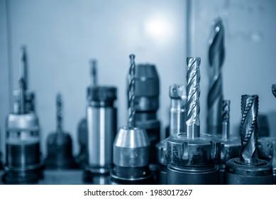 Die verschiedenen Typen der Massivkarbidendmühlwerkzeuge für CNC-Fräsmaschinen .Das Schneidwerkzeug für das Bearbeitungszentrum.