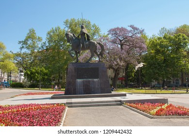 VARNA, BULGARIA - APRIL 11, 2015 Monument to king Kaloyan