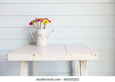 vase on the table