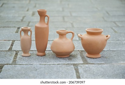vases made of clay