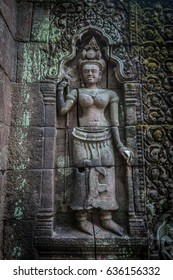 Vat Phou is a ruined Khmer Hindu temple complex in southern Laos.