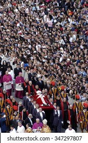 VATICAN CITY, VATICAN - APRIL 8, 2007- Pope Benedict XVI leads the Sunday Easter mass in Saint Peter's Square.