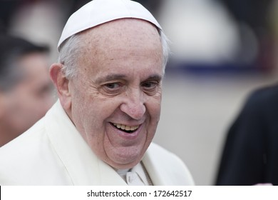VATICAN CITY, VATICAN - January 22 :  Pope Francis greets the pilgrims during his weekly general audience in St Peter's square at the Vatican on January 22, 2014.