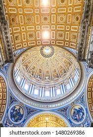 VATICAN CITY, VATICAN - JULY 14: Frescoes in St. Peter's Basilica  on July 14,2019. St. Peter's Basilica is he largest Catholic church in the world.