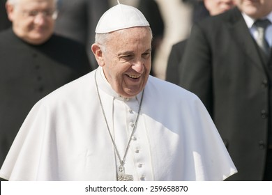 VATICAN CITY, VATICAN - MARCH 11 :  Pope Francis greets the pilgrims during his weekly general audience in St Peter's square at the Vatican on March 11, 2015.