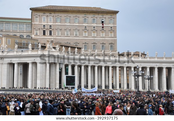 VATICAN - MARCH 13, 2016: Crowd of people waiting for Pope Francis I, to hold the Angelus prayer and speech at the Vatican City
