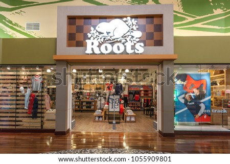 d746bf6b Vaughan, Ontario, Canada - March 24, 2018: Roots store Shops at Vaughan