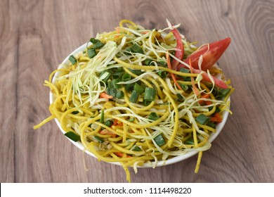veg chinese hakka nuddle
