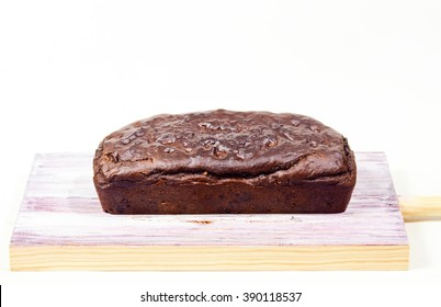 Vegan chocolate chip pound cake